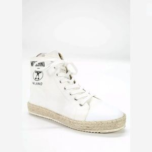 Moschino high top white sneakers size 8 authentic
